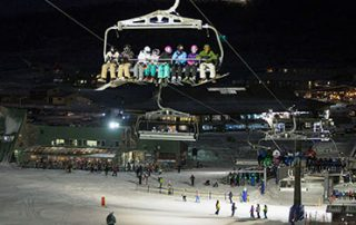 IMG Night skiing and boarding in Perisher